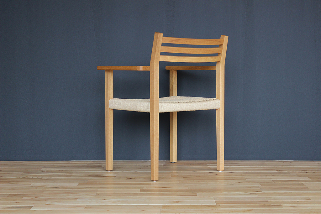 equal_chair_1-3