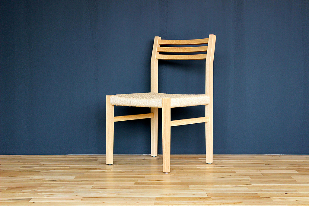 equal_chair_3-2