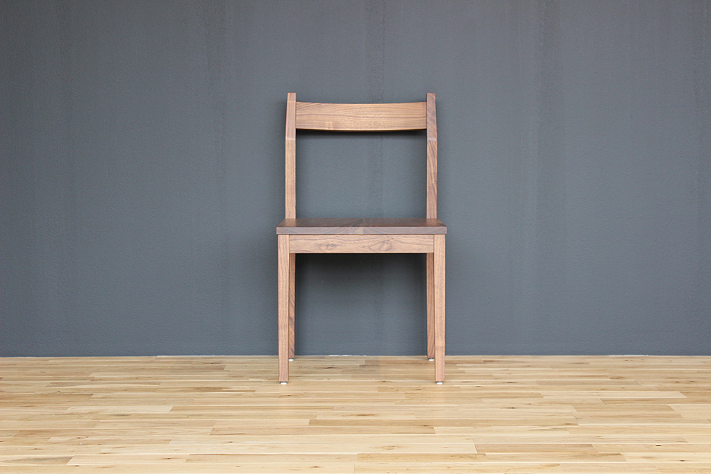 equal_chair_4-1
