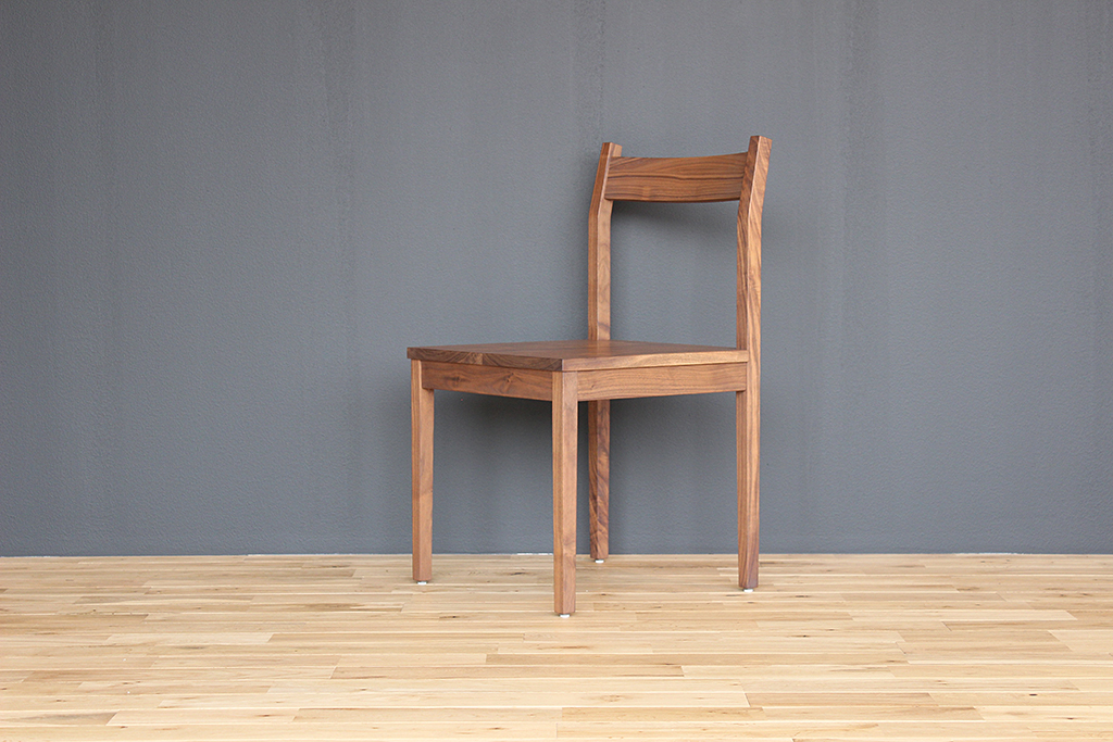 equal_chair_4-2