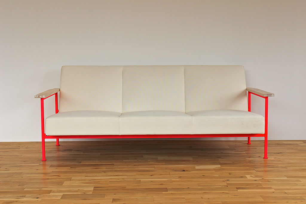 notequal_sofa_2-1