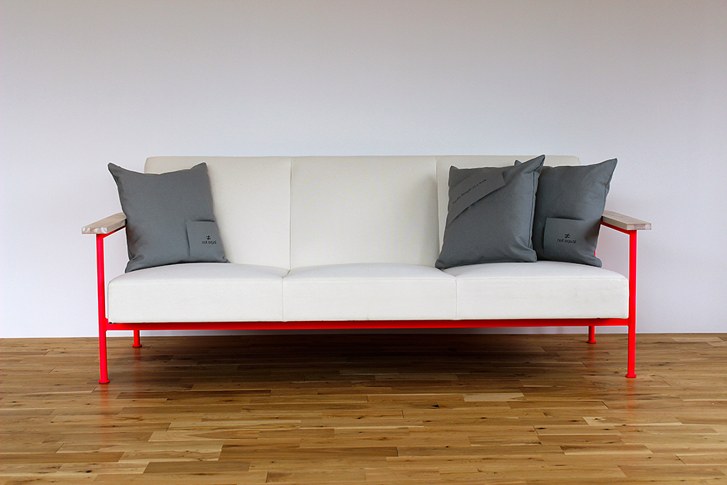 notequal_sofa_2-6